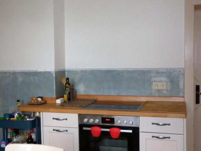 Küche Bauernhaus mit Sumpfkalkfarbe und Stucco-fein
